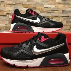 NEW Womens Nike Air Max IVO Black Pink Silver 580519-002 Sold Out